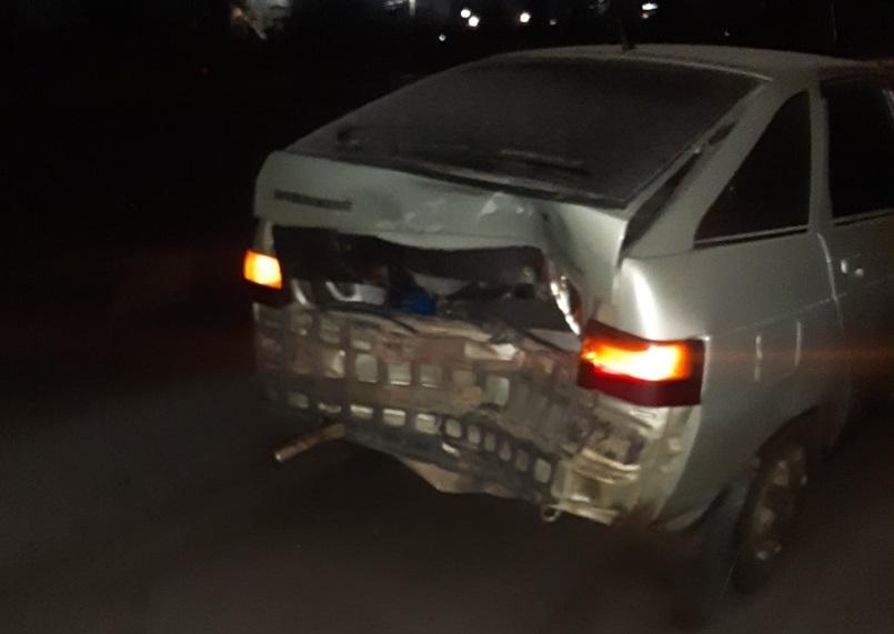 На скользкой трассе в Крыму столкнулись четыре автомобиля
