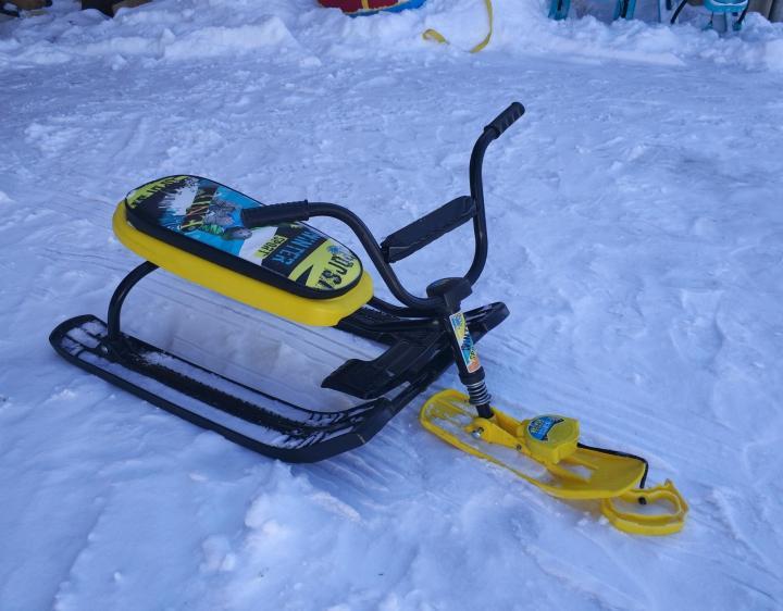 На Ангарском перевале во время катания на снегокате пропал ребенок