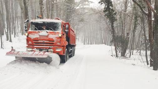 40 сантиметров снега: дорога на плато Ай-Петри закрыта для всех видов транспорта