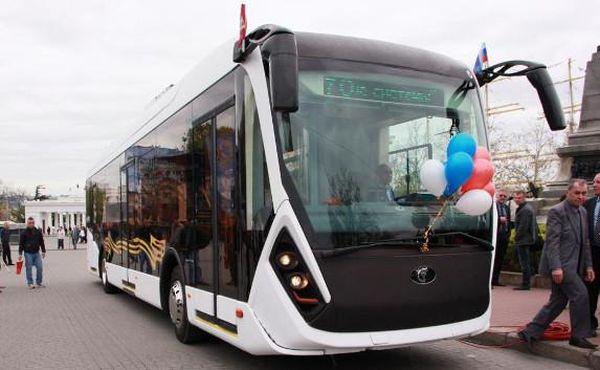 Ко Дню Победы водители и кондукторы общественного транспорта Севастополя наденут военную форму