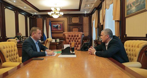 Аксёнов готов выступить личным поручителем Зубкова на суде