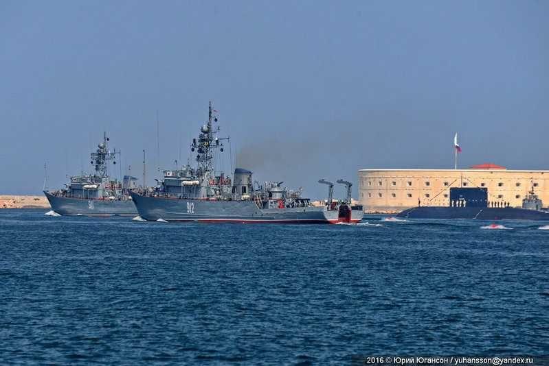 Более двадцати кораблей ЧФ примут участие в парадах Победы