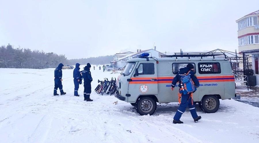 На Ай-Петри и Ангарском перевале дежурят спасатели