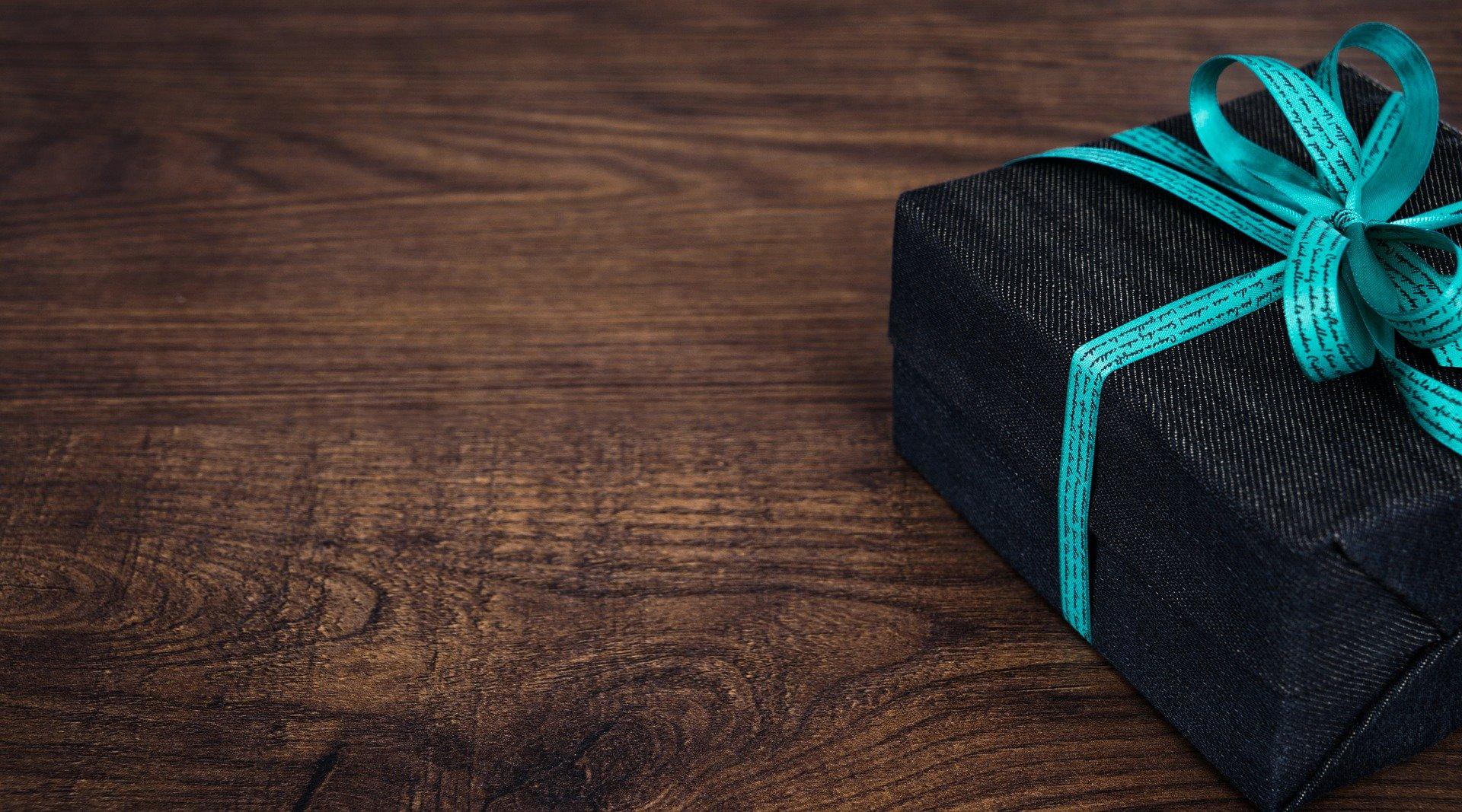 Маркетологи назвали ТОП-10 лучших подарков к 23 февраля