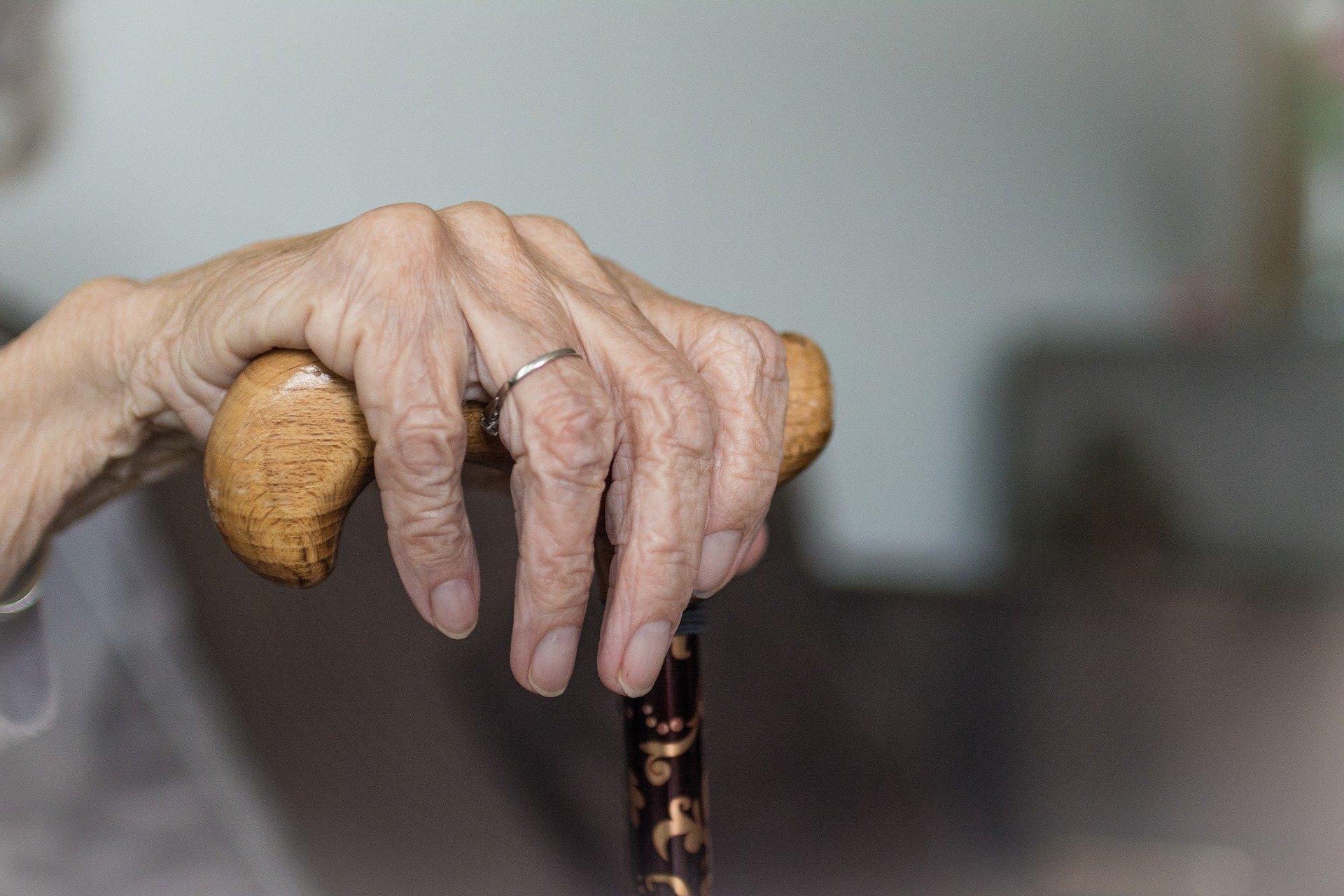 В России с апреля проиндексируют социальные пенсии на 6,1%