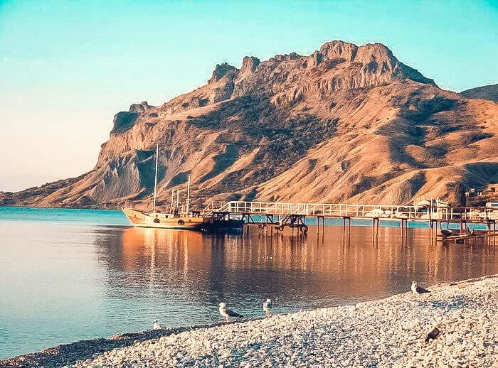 Правительство Крыма продает базу отдыха в Коктебеле за 77 миллионов рублей