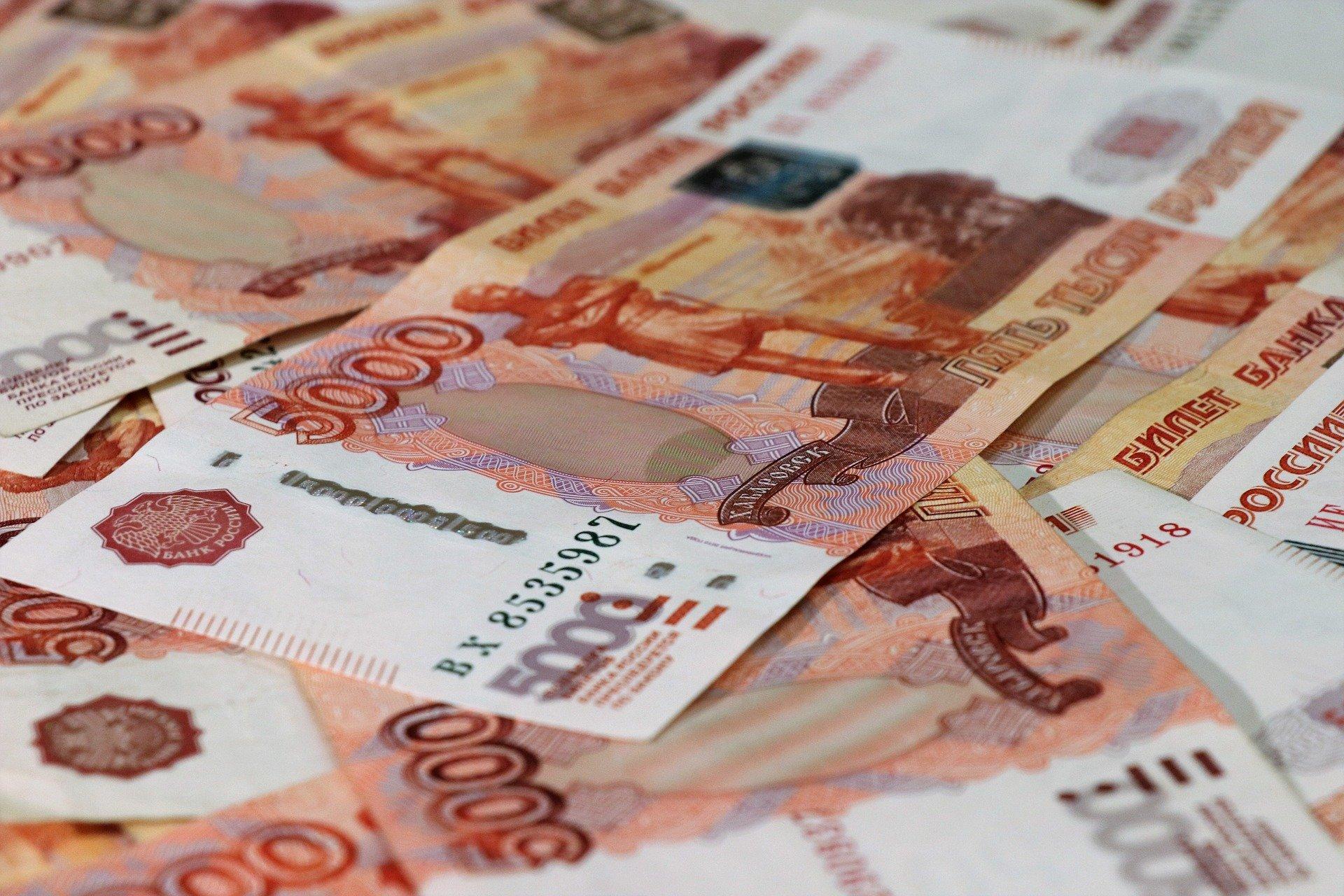 В Севастополе мошенница набрала у знакомых долгов почти на 3,5 млн рублей