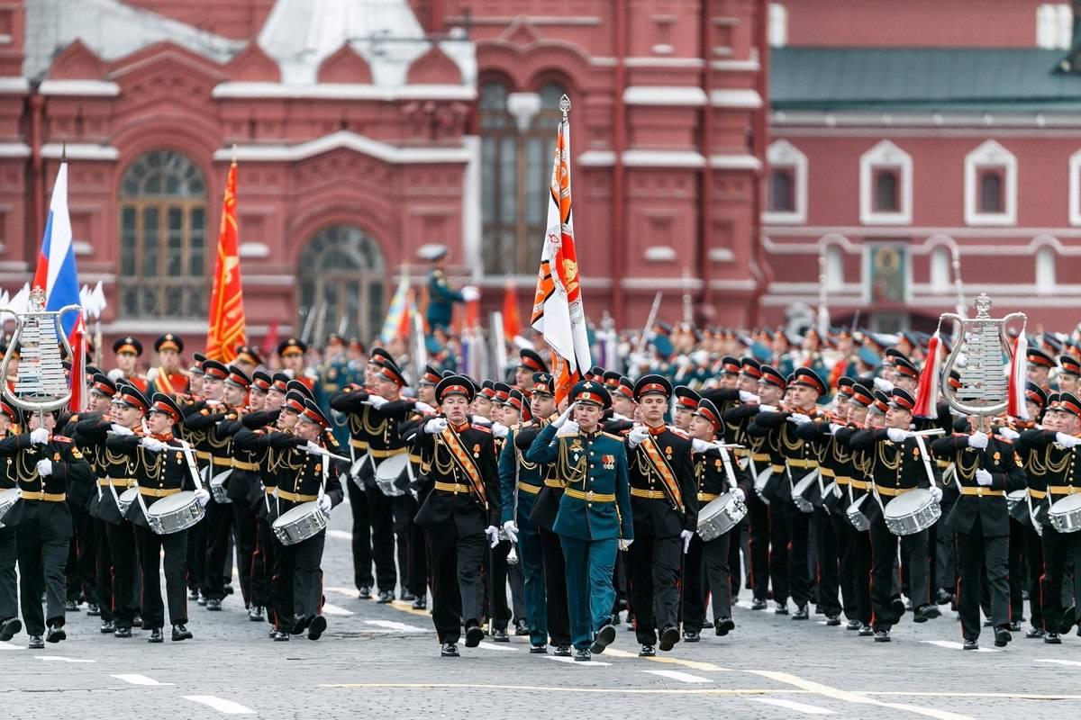 В Раде предложили отправить в Москву делегацию на парад Победы