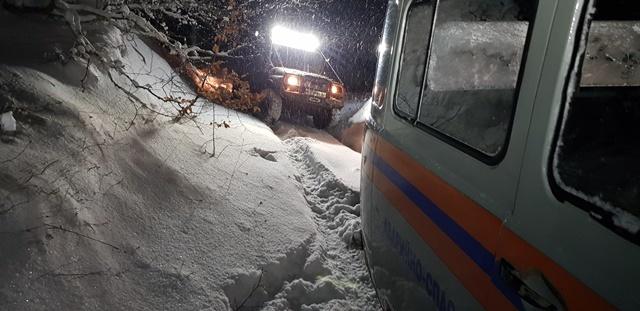 Закончилось топливо, сели аккумуляторы, -15°: ночью в горах Крыма пять часов спасали 10 туристов