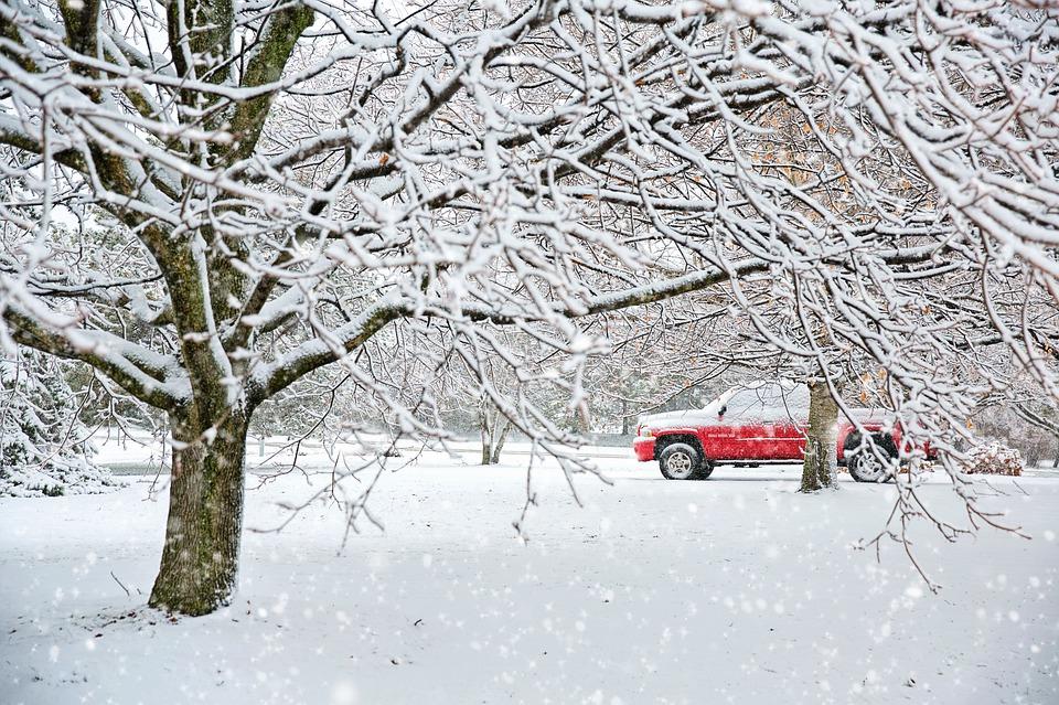 Ветер и дождь, переходящий в снег: в четверг на полуострове резко похолодает