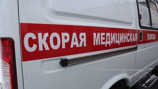 В Крыму упавшее дерево убило человека