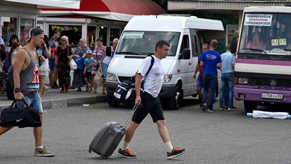 На автостанциях Крыма вводят пропускной режим