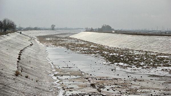 На Украине предложили ввести уголовную ответственность за призывы подавать воду в Крым