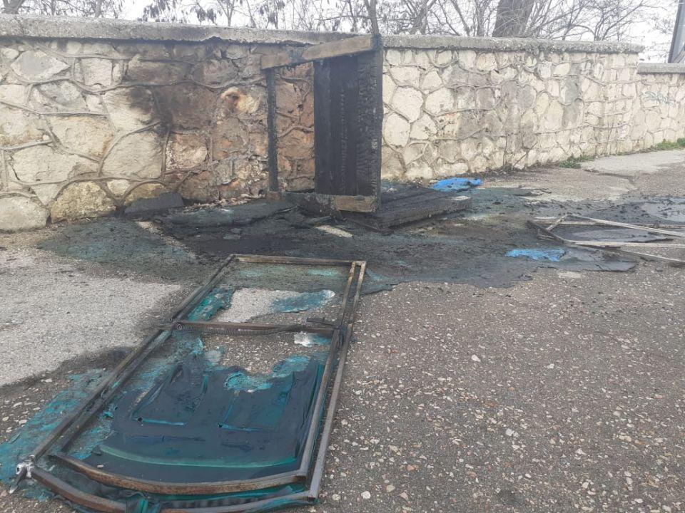 Около Панорамы «Оборона Севастополя» сожгли биотуалеты