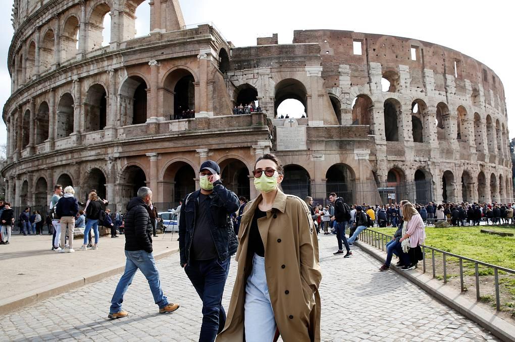 В Италии людям запретили выходить на улицу из-за коронавируса