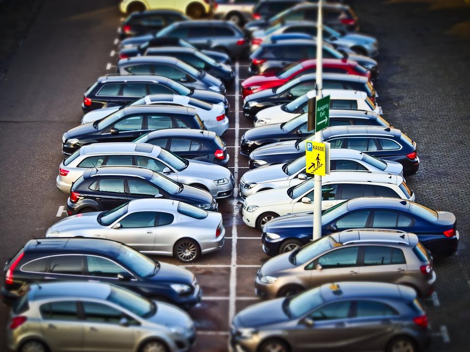 С 12 марта в Севастополе вступают в силу новые правила парковки автомобилей