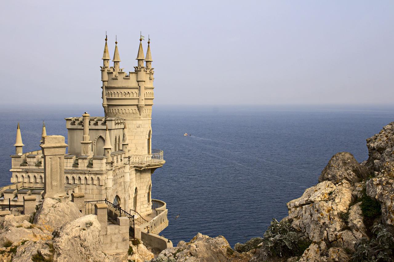 Стало известно, когда завершится реставрация замка «Ласточкино гнездо»