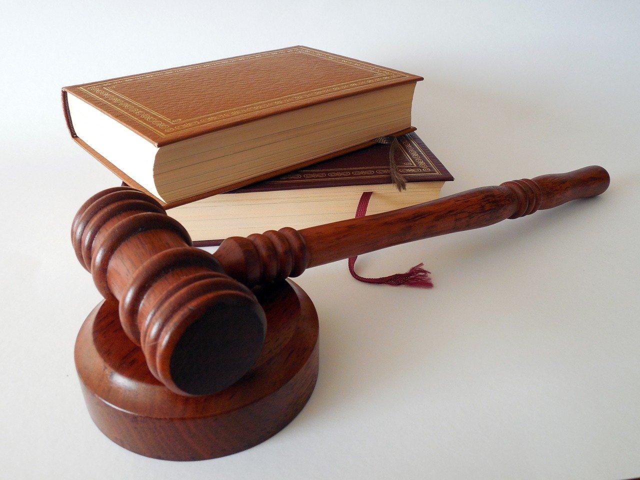 В Севастополе убийца угрожал в суде убить прокурора и его близких