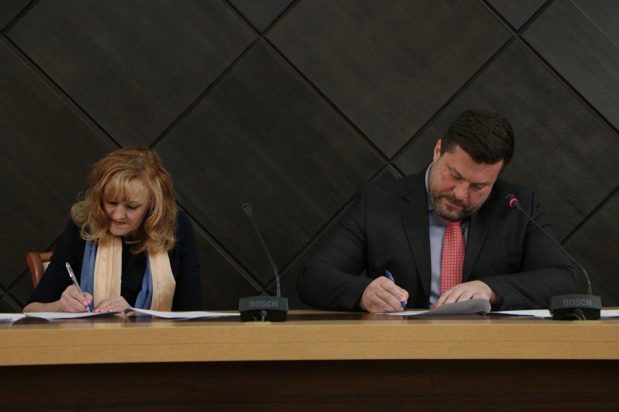 С торговыми сетями Севастополя подписан Меморандум по стабилизации цен на продукты