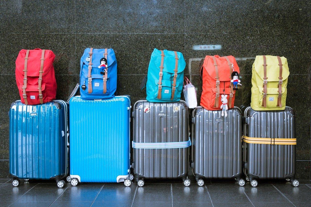 Севастопольцев просят не скрывать недавние поездки за рубеж