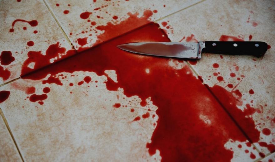 В Крыму мужчина ударил ножом в грудь своего собутыльника
