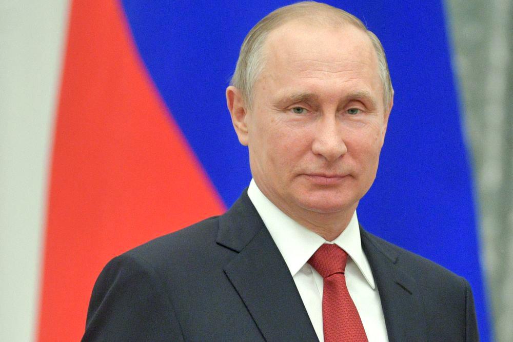 Стало известно, как защищается от коронавируса Владимир Путин и его окружение