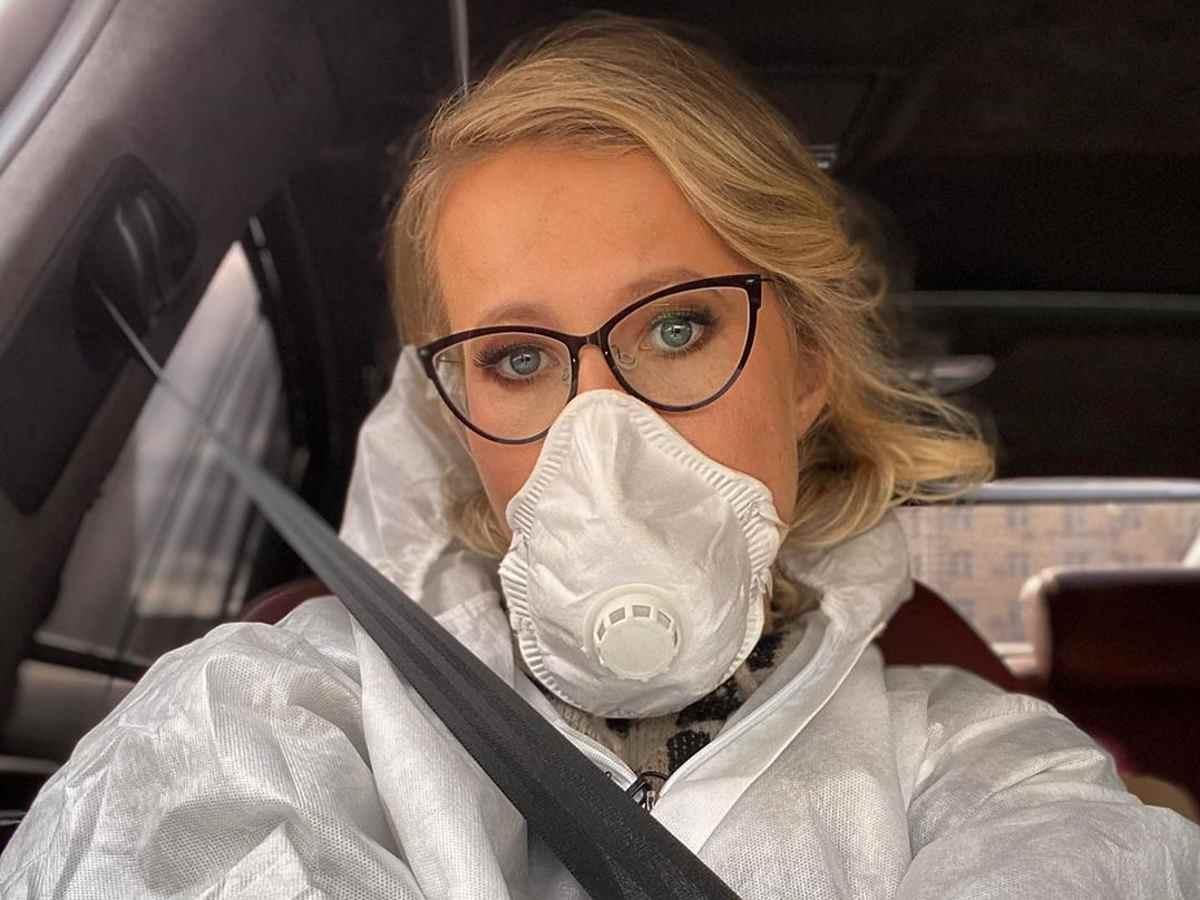 «Просто лежала и не могла встать»: Ксения Собчак заявила, что переболела коронавирусом
