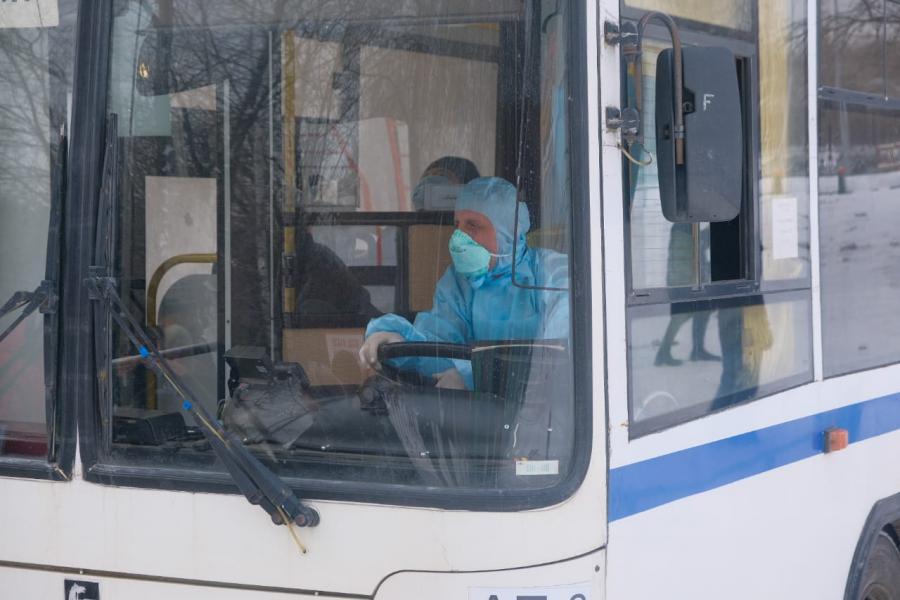 Крым прекратил автобусное сообщение Севастополем и другими регионами РФ