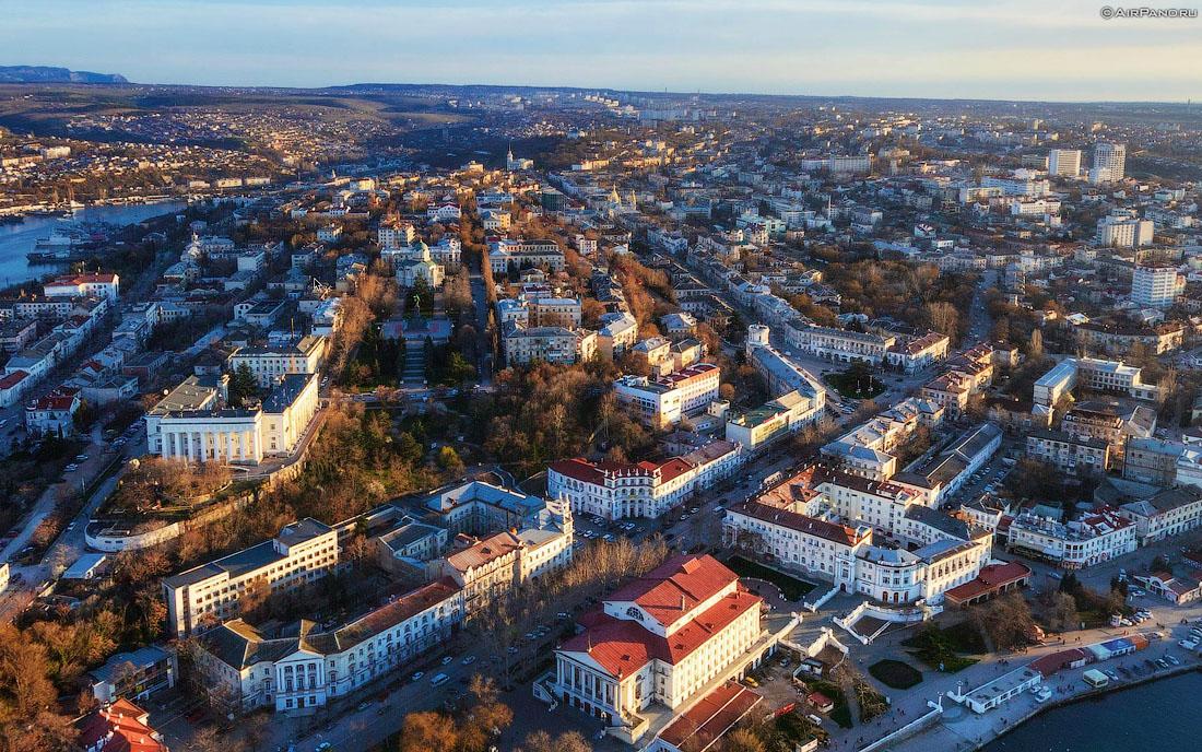 Севастопольские предприниматели просят освободить их от арендных платежей