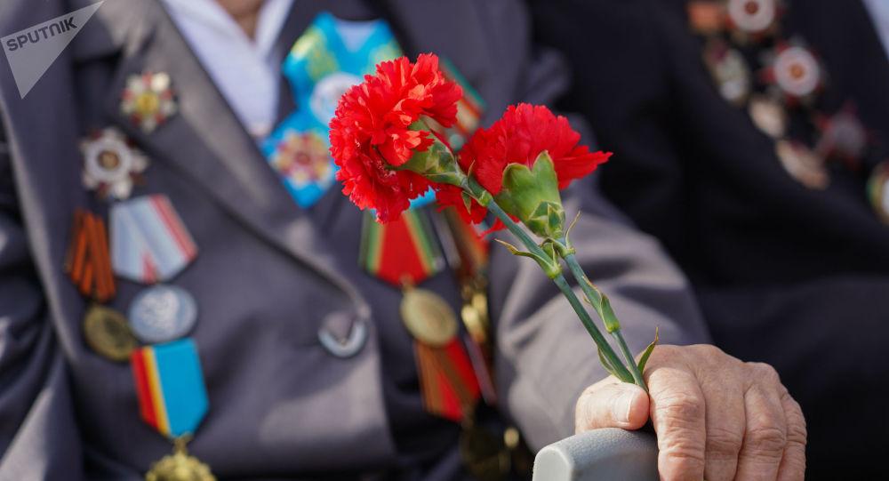 В Севастополе ветеранам и детям войны выплатили почти 100 миллионов рублей