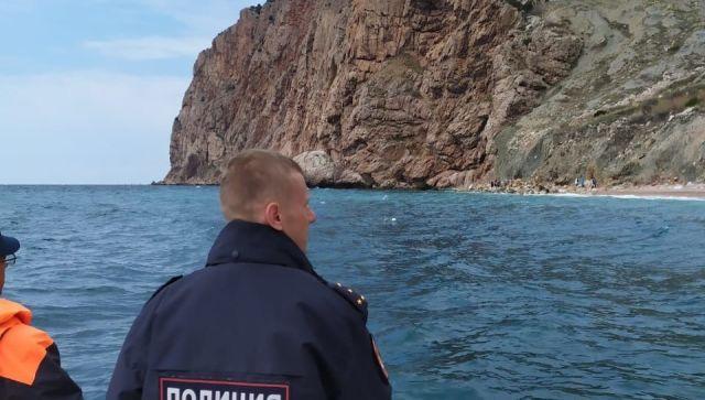 В Балаклаве на пляже «самоизолировались» больше 30 человек