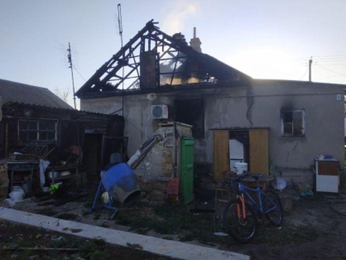 В Крыму в результате поджога дома погибли мать с двухлетним ребенком