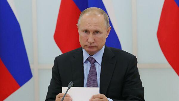 Путин расширил полномочия глав субъектов на время пандемии