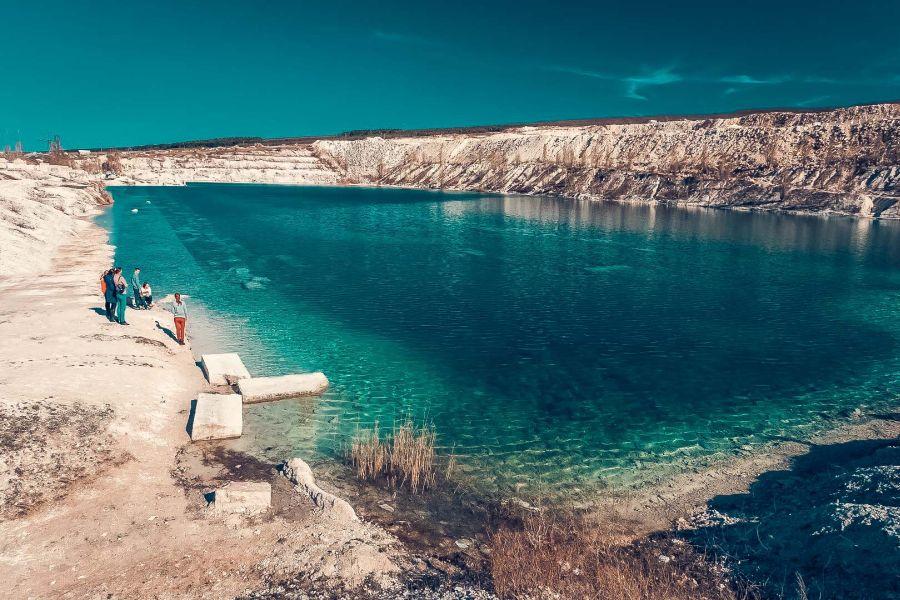 Крымское озеро попало в список самых «космических» пейзажей России
