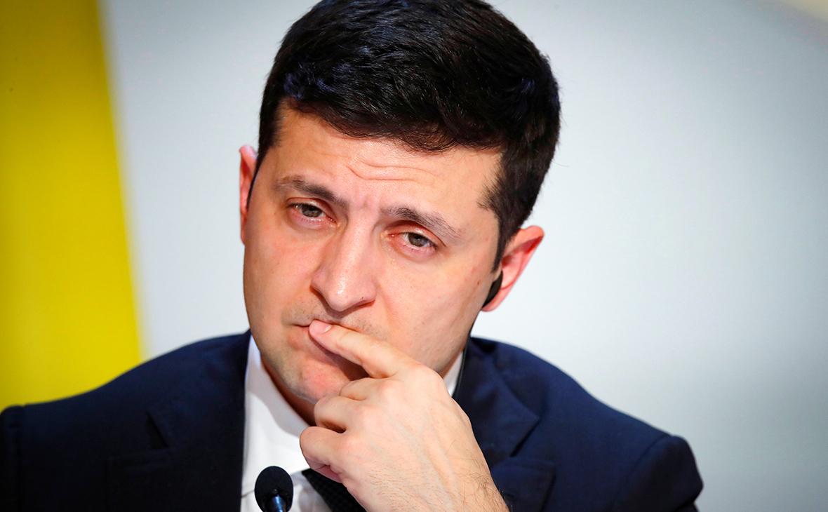 Зеленский пообещал миллион долларов за создание украинской вакцины от COVID-2019