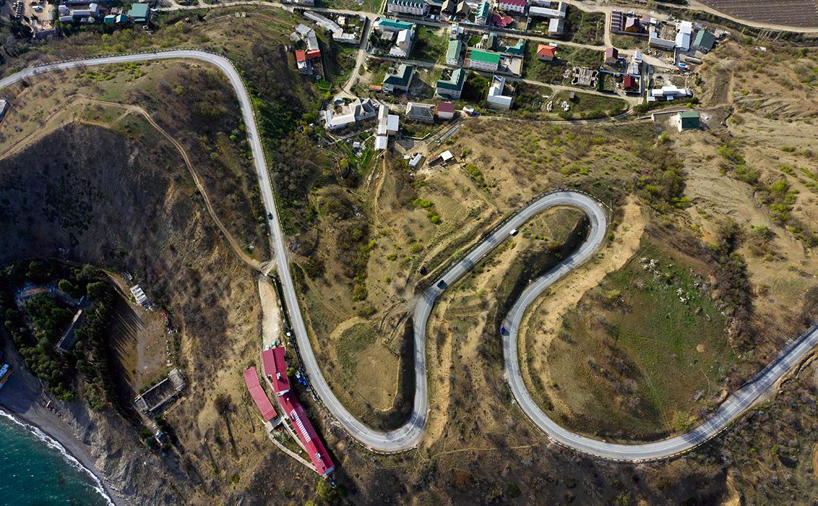 Скольким украинцам принадлежит земля в Крыму