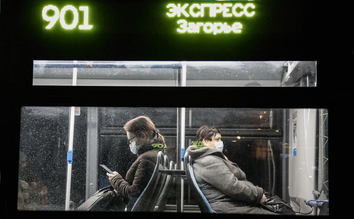 В Москве начали штрафовать за нарушение дистанции в транспорте