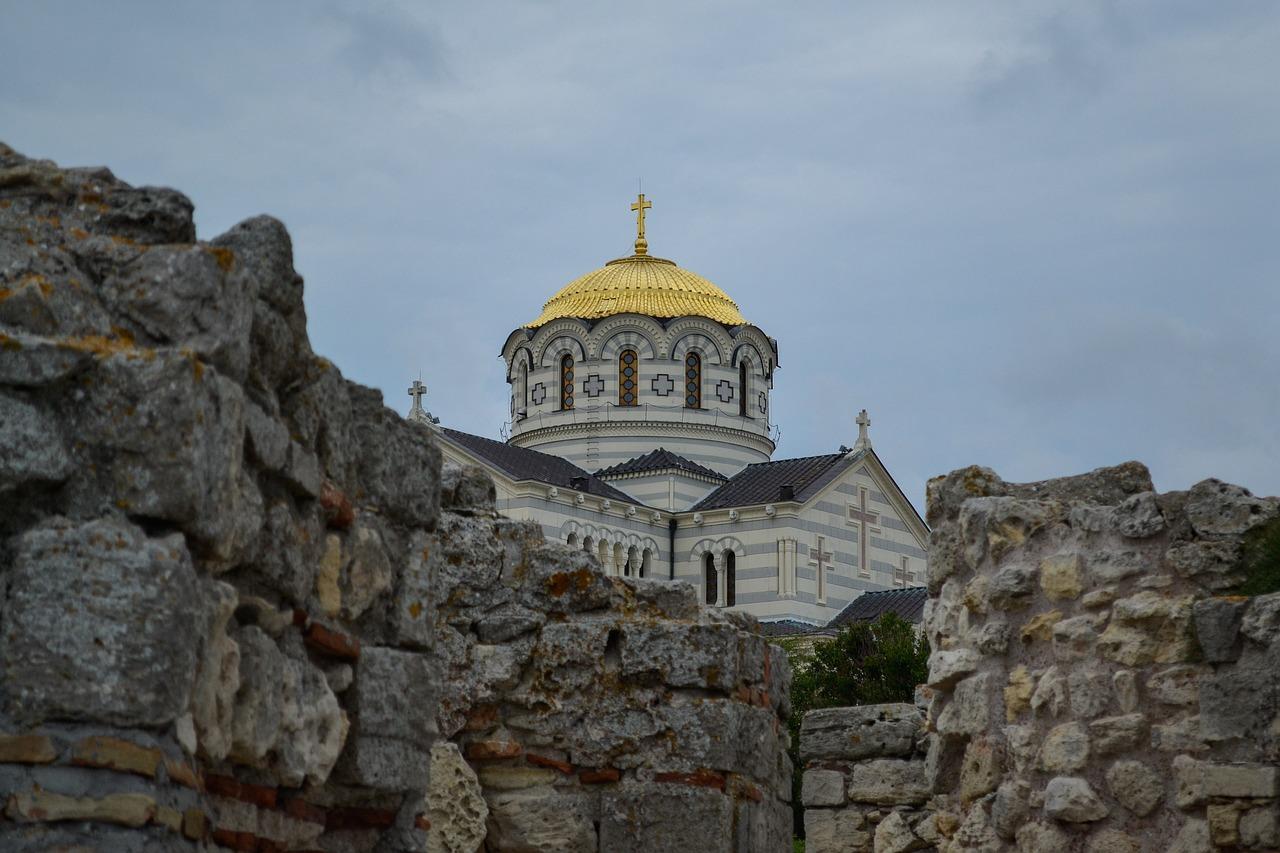 В Севастополе праздничные богослужения пройдут за закрытыми дверями