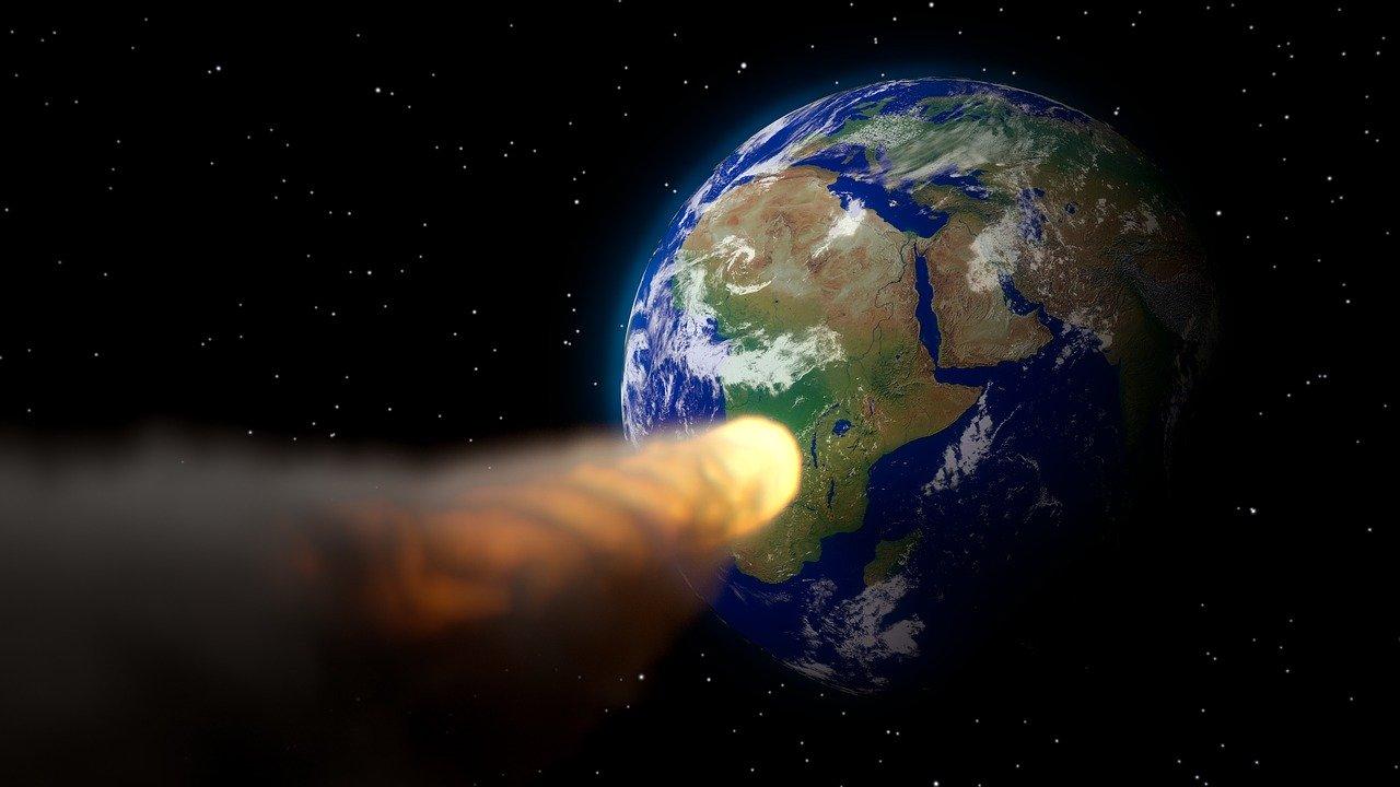 Крымский ученый рассказал, стоит ли бояться приближающегося к Земле астероида