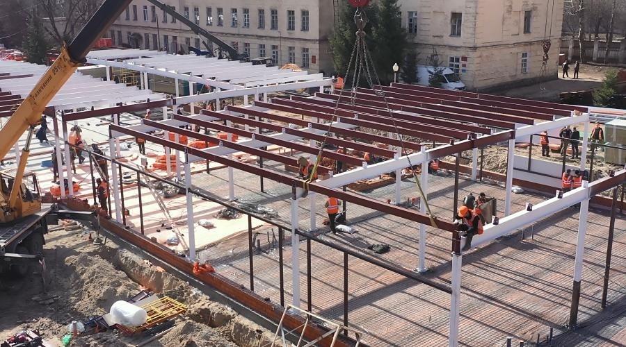 Заражение строителя медцентра в Севастополе не повлияет на сроки сдачи объекта