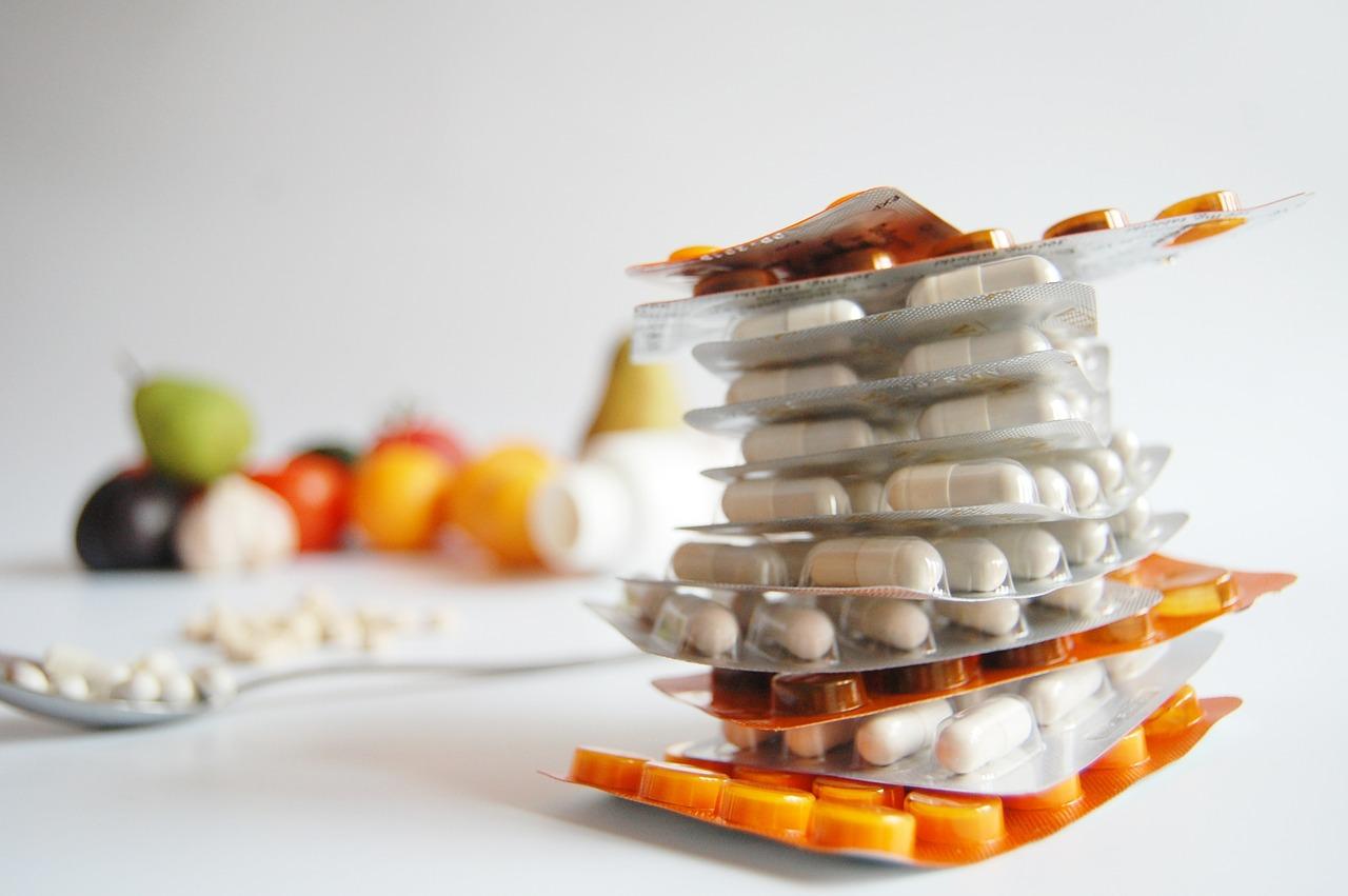 В России выросли продажи витаминов и успокоительных
