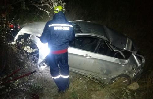 Ночью в Крыму автомобиль вылетел с дороги в обрыв
