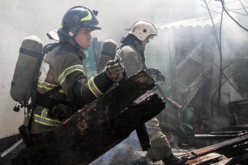 В Севастополе соседи спасли на пожаре ребенка и женщину-инвалида