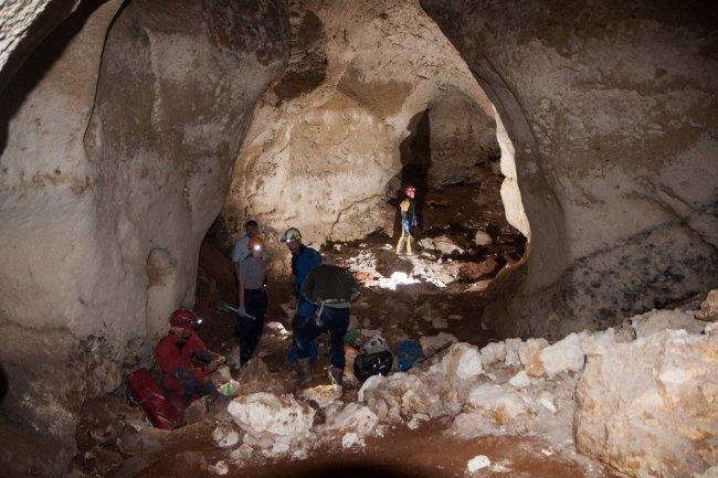 Ученые приступили к новым исследованиям в пещере «Таврида»