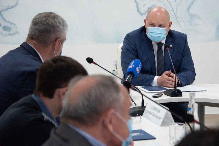 Развожаев рассказал, когда в Севастополе могут возобновить работу общепита и гостиниц