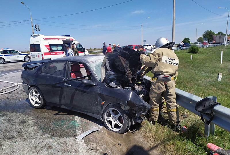 На трассе под Севастополем в ДТП погиб человек