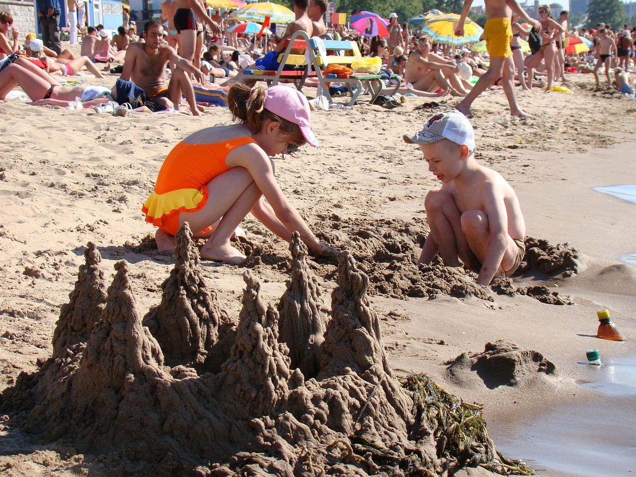 В Севастополе готовят к открытию более 30 пляжей