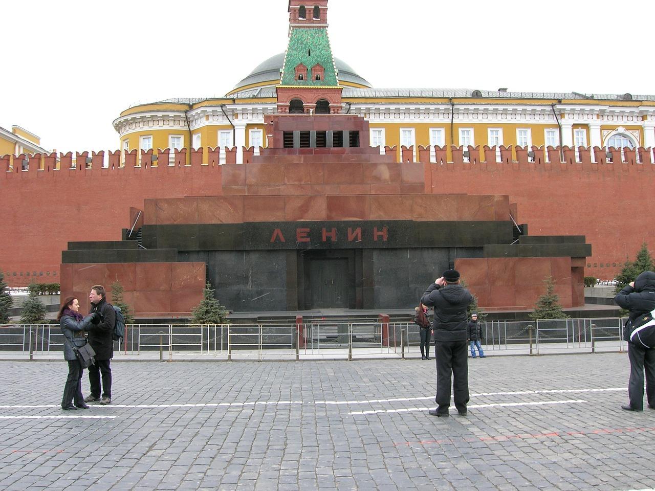 Жириновский предложил продать Ленина для выхода из кризиса