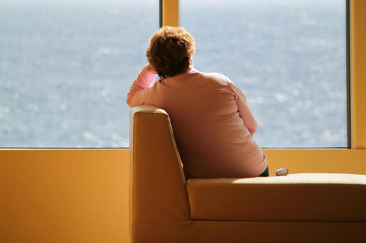 Не только с COVID: самоизоляция помогает бороться со многими инфекциями