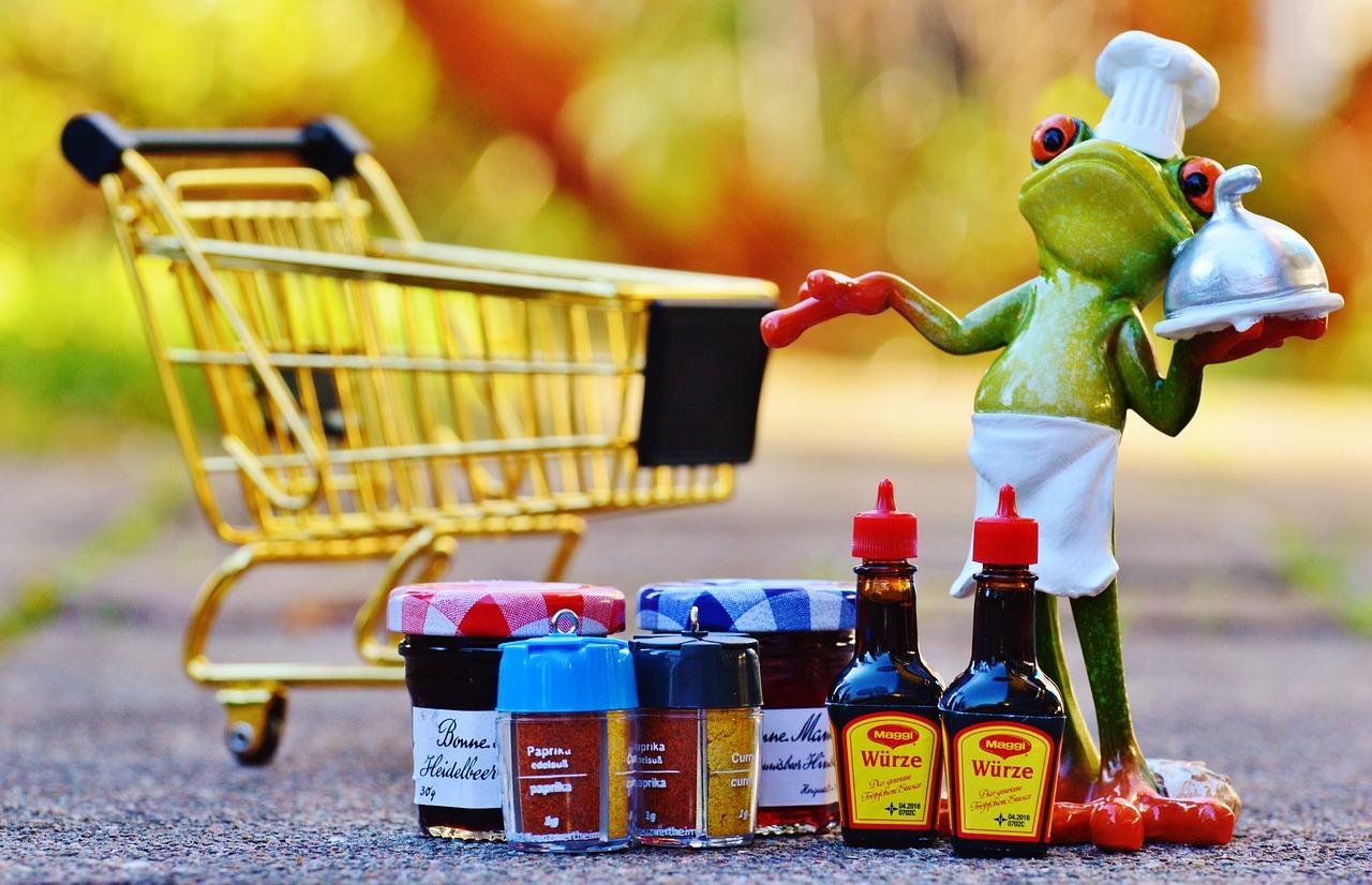 На самоизоляции россияне стали больше тратить на продукты
